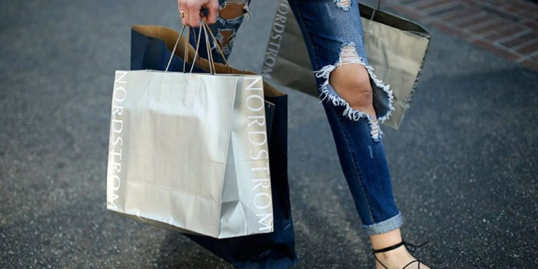 US Consumer Spending Rebound Cools, Hinting at More Risk Ahead | News & Analysis