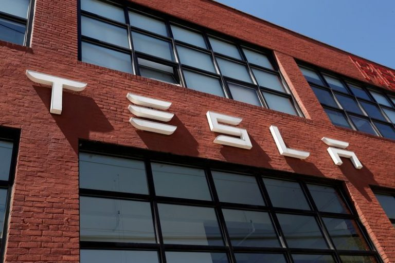Tesla beats 3Q income forecasts however supply-chain issues hit crops